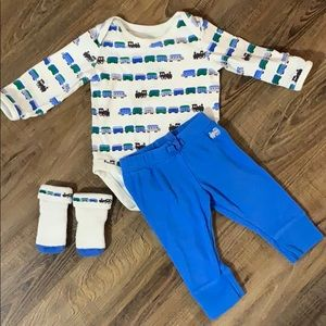 Gymboree Train Print Outfit